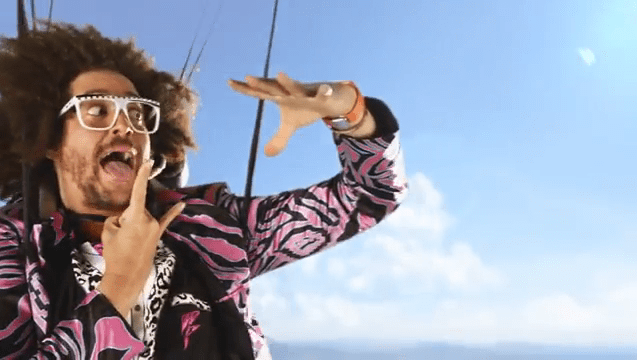 Redfoo из LFMAO в новом клипе «Redfoo - Let's Get Ridiculous» с Galaxy Note 3, Galaxy Gear и Galaxy S4 Active