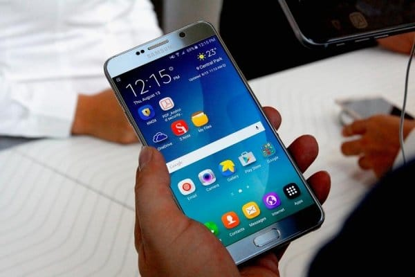 Обновление Android Marshmallow для Galaxy Note 5 имеет немало проблем